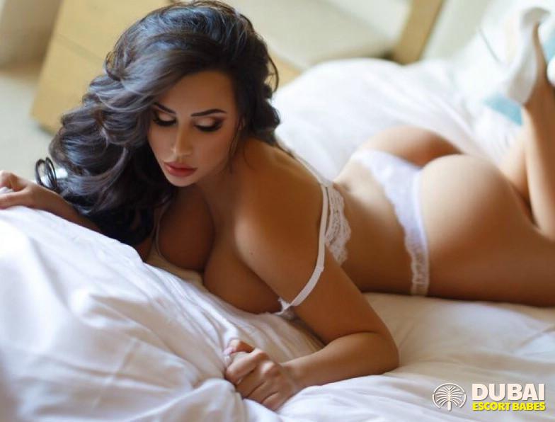 asian-sexy-escorts-girls-sex-dubai-grils-suck